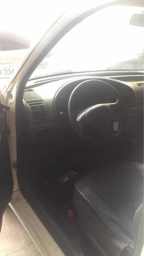 peugeot partner furgon 1.8 4p 2000