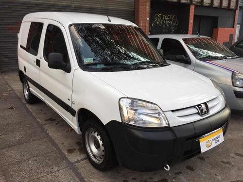 peugeot partner hdi furgon vidriado c/asientos 2012