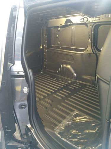 peugeot partner maxi pack 1.6 lts 4 cilindros turbo diésel