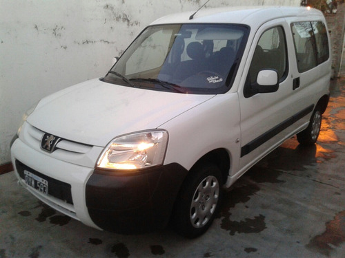 peugeot partner patagónica 1.4 full impecable