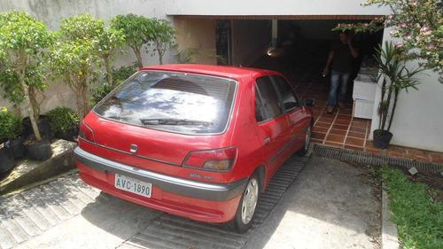peugeto 306 xr 1.8 8v ano 1996 modelo 97.