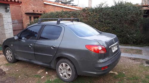 peugueot 207 1.4 compact line sedan