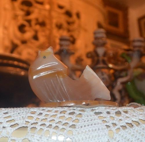 pez de piedra de jade.