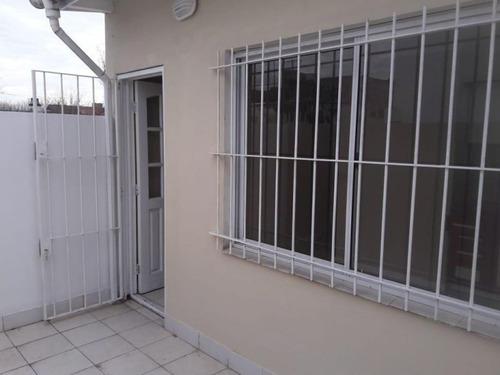 ph  1 ambiente con patio
