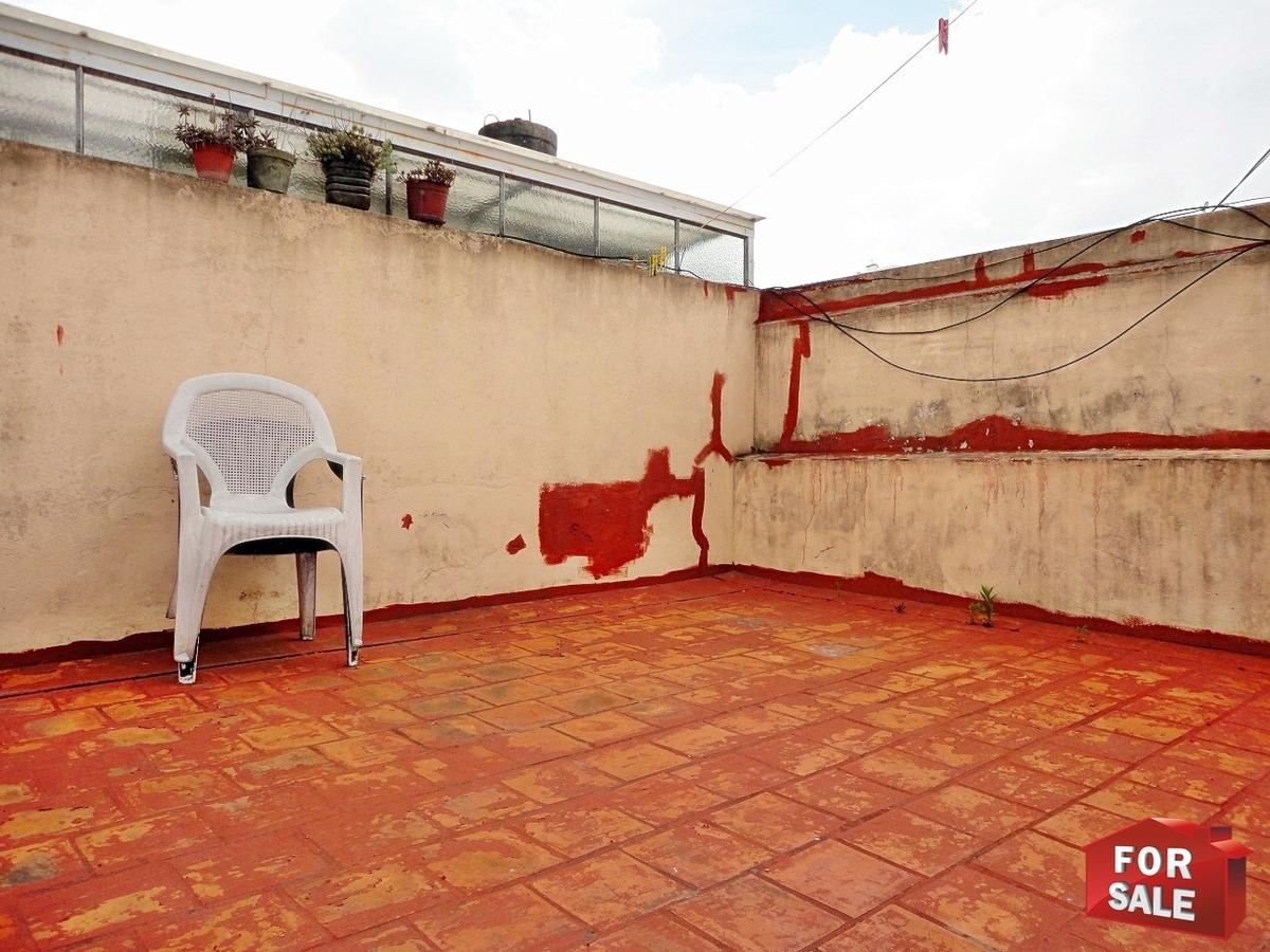 ph 1 y 1/2 ambientes, con patio, sin expensas, planta alta