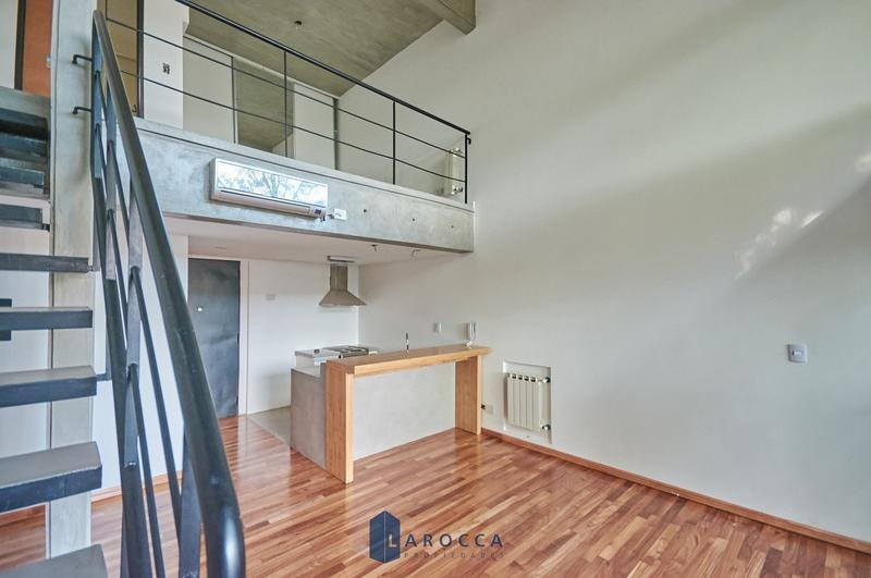 ph 2 amb balcón terraza c/parrilla en venta  en coghlan