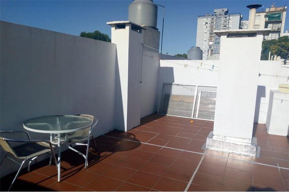 ph 2 amb con terraza propia/luminoso 77mtros