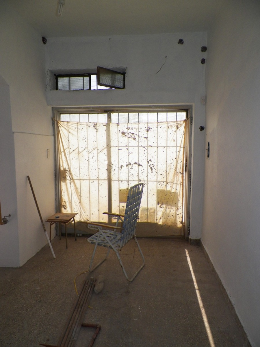 ph 2 amb + local+ terraza,entrada independiente p avellaneda