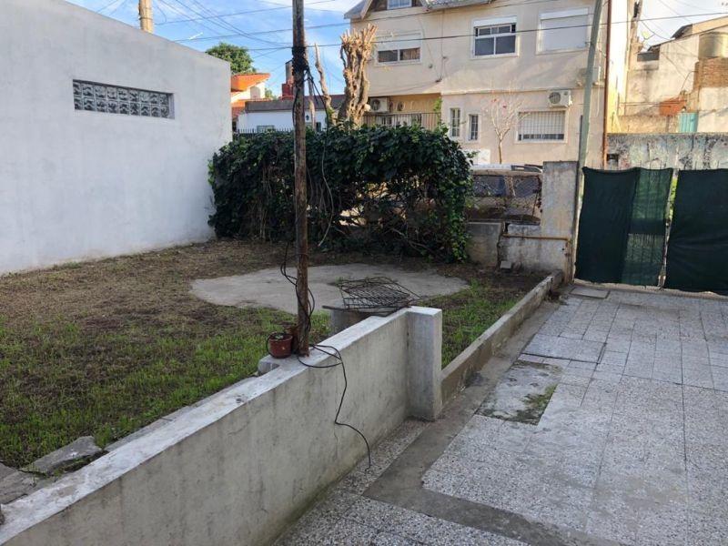 ph 2 ambientes alquiler palomar cochera patio sin expensas