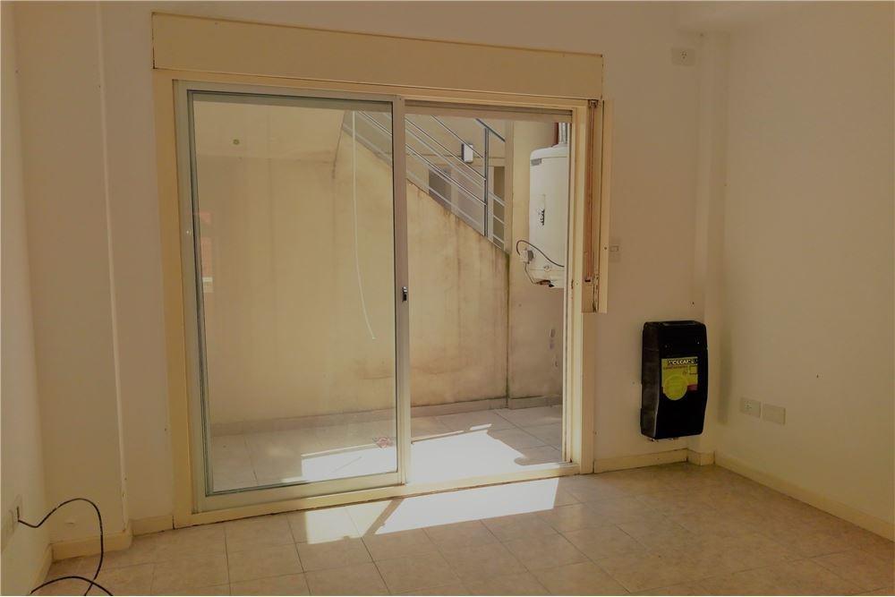 ph 2 ambientes c/patio en 41 m2 como a estrenar