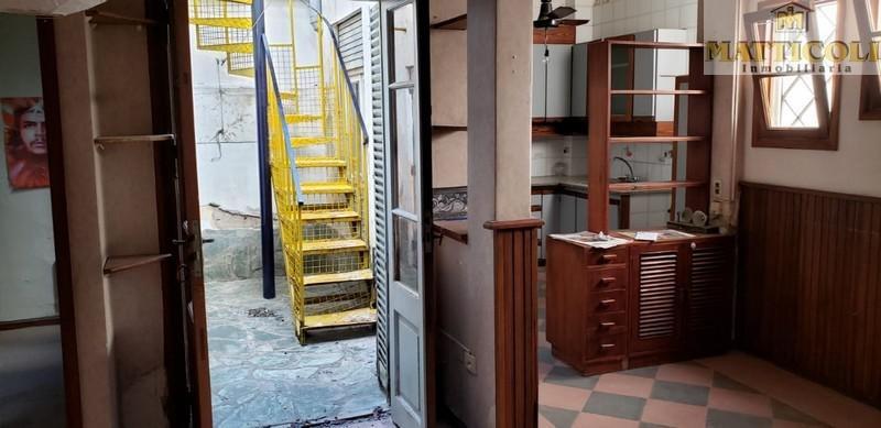 ph 2 ambientes en pb al frente con cochera en villa pueyrredon
