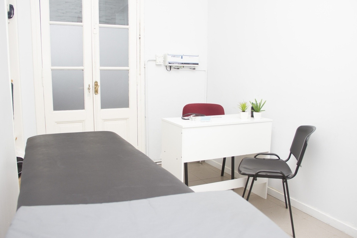 ph, 2 consultorios, 2 gabinetes, un gimnasio de rehabilitaci
