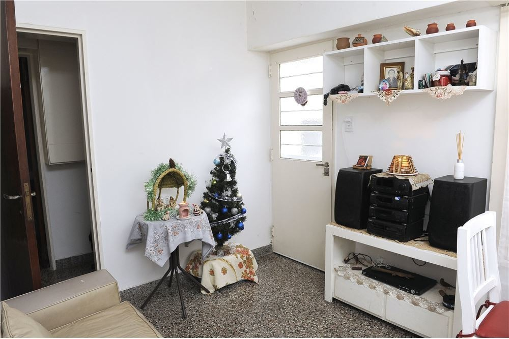 ph 2 dormitorios en venta los hornos la plata