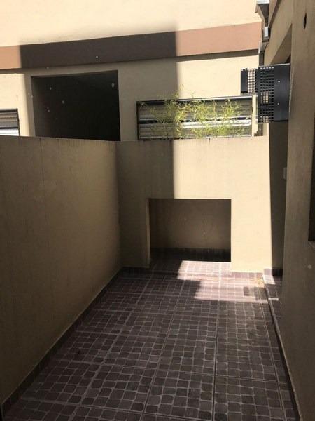 ph 2mb pbaja  frente patio a  estrenar