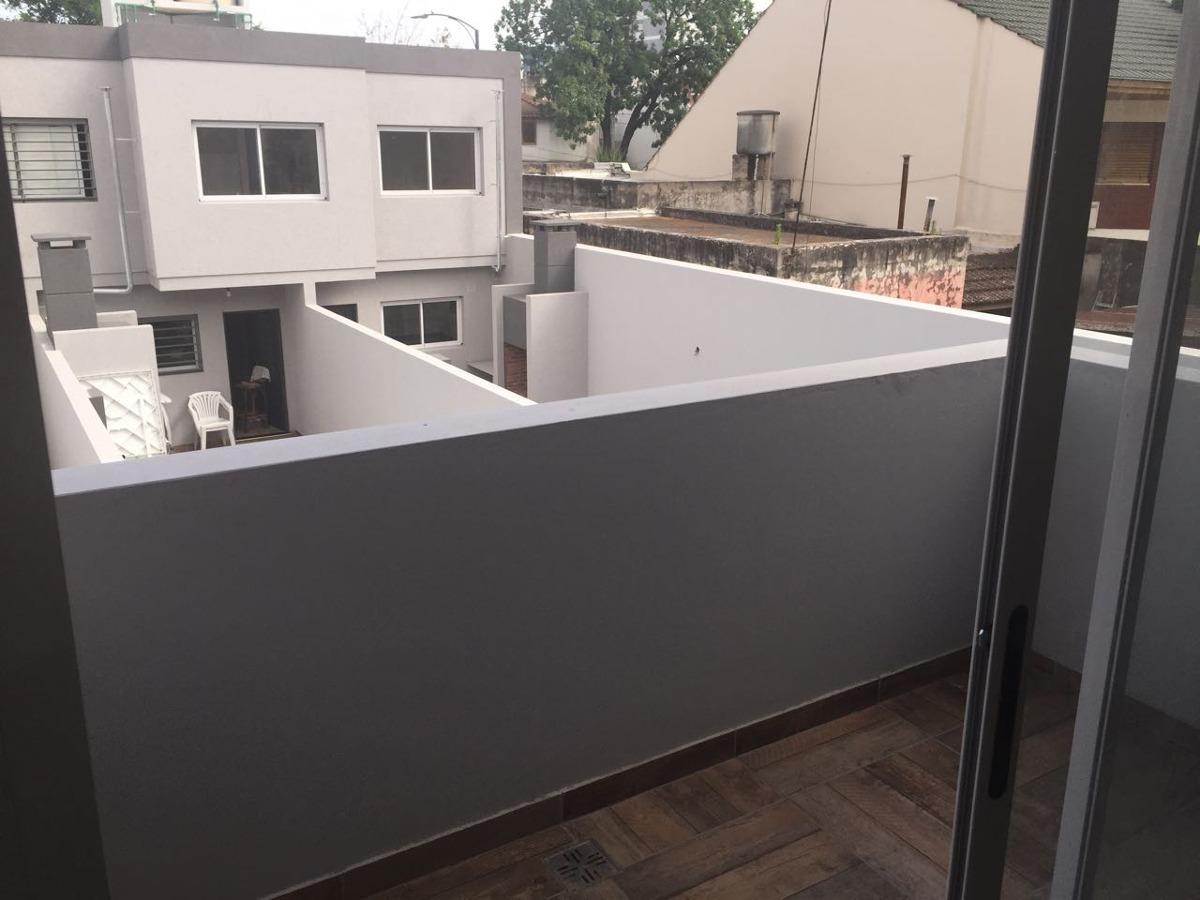 ph 3 amb primer piso  con balcon  -ultima unidad