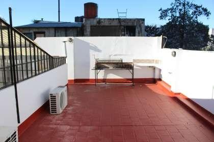 ph 3 amb. terraza propia. sin expensas..oportunidad!!