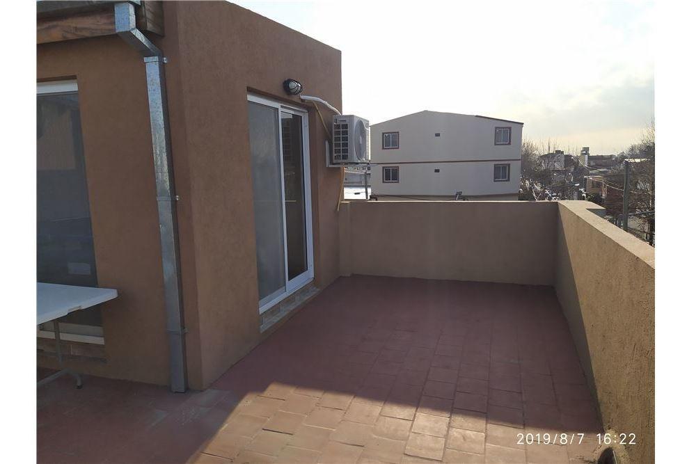 ph 3 amb + terraza, reciclado, todo nuevo.
