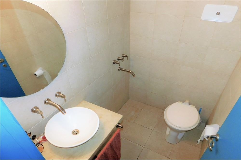 ph 3 ambientes 2 baños pb bajas expensas v.crespo