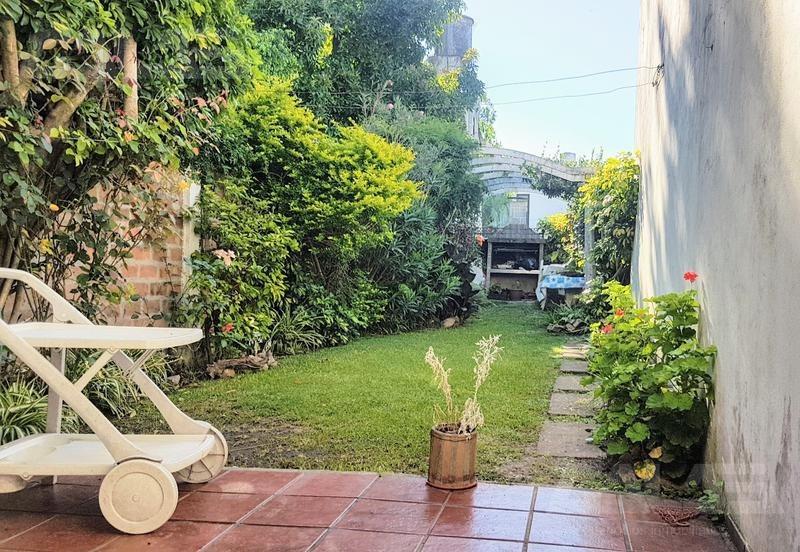 ph, 3 ambientes, cochera y patio - castelar sur