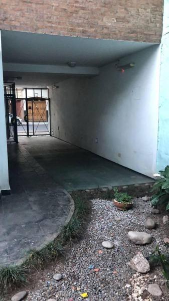 ph 3 ambientes con cochera en barracas