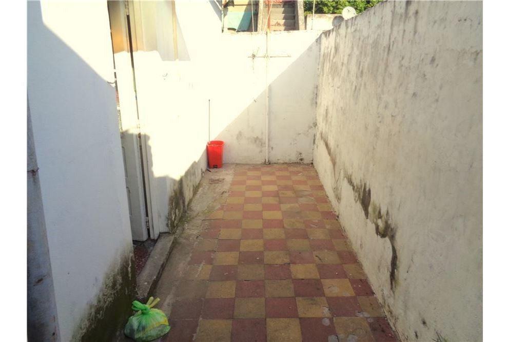 ph 3 ambientes con patio. en wilde