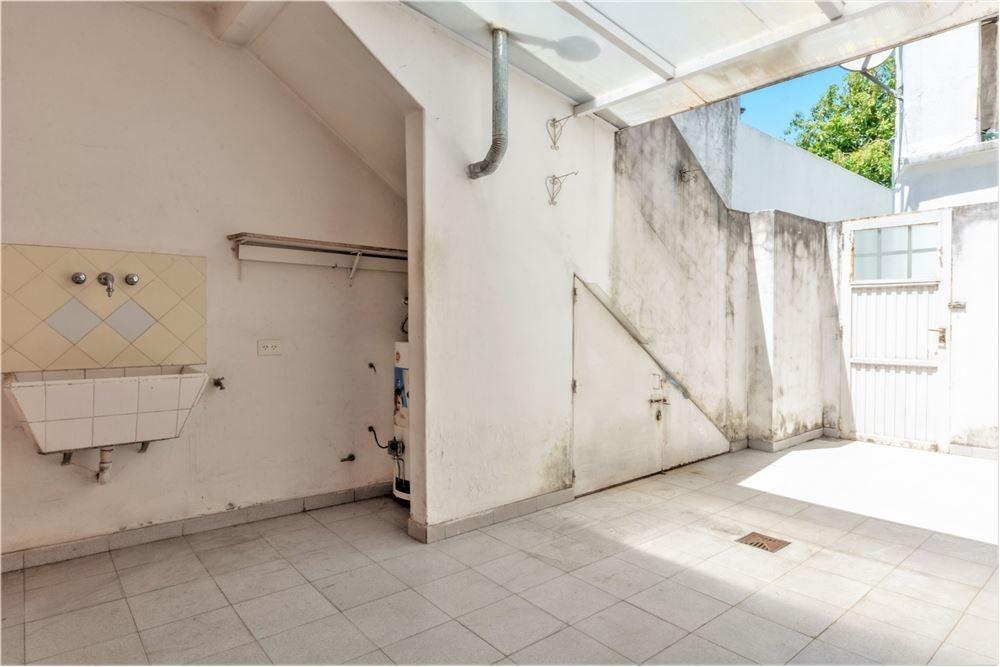 ph 3 ambientes con patio planta baja - venta munro