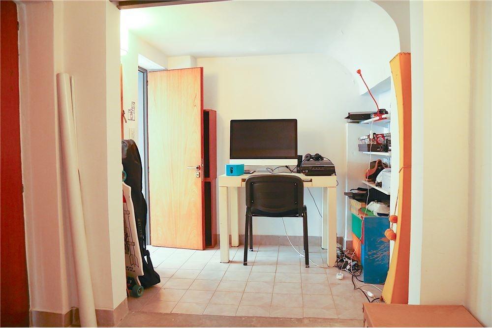ph 3 ambientes + patio + venta + almagro +luminoso