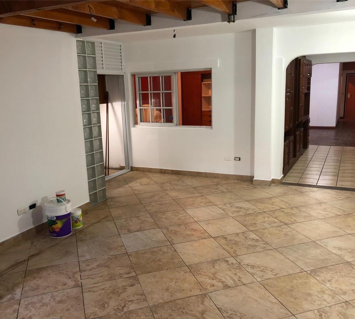 ph - 4 amb - planta baja interno - patio y fondo - con renta
