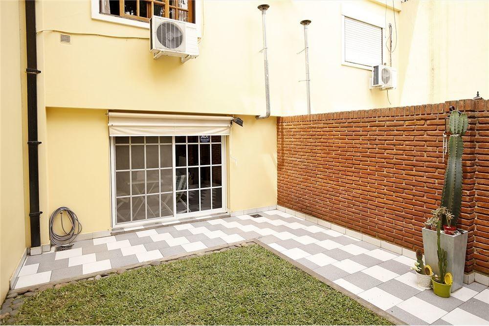 ph 4 ambientes con patio y cochera. villa devoto