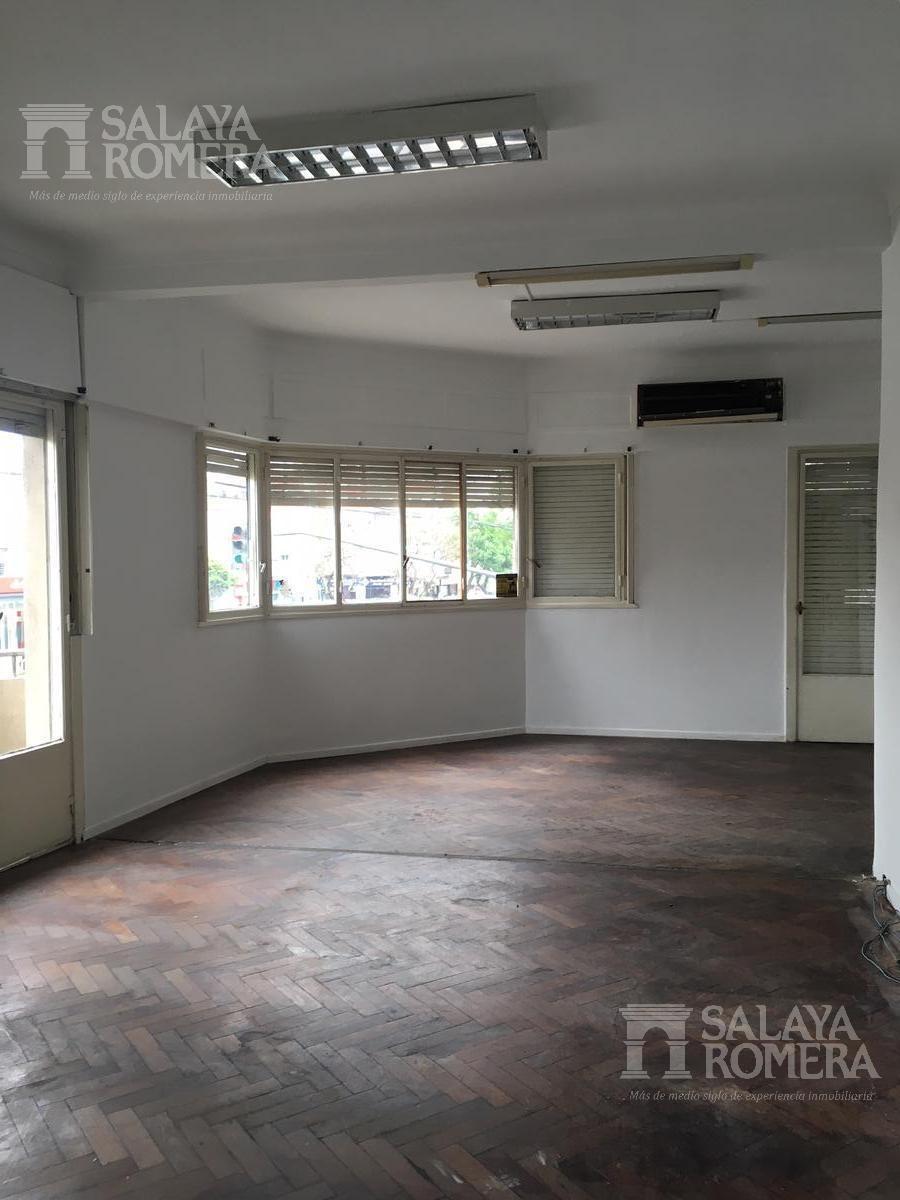 ph 4 ambientes en venta en martinez - ideal consultorios - oficinas