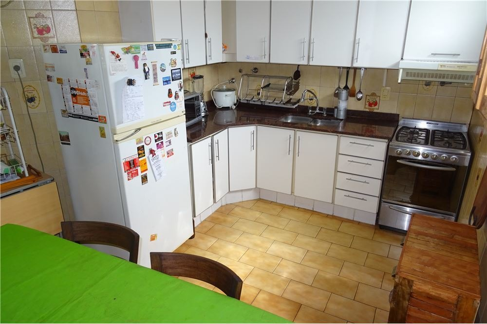 ph 5 ambientes terraza, 2 cuadras subte b. 204 mts
