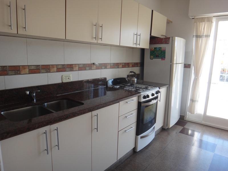 ph 6 ambientes c/ent. indep. terraza, 228 m2 totales