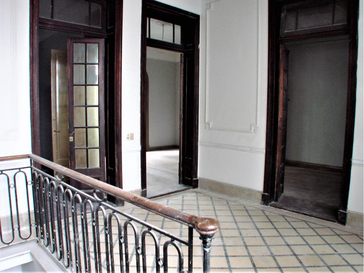 ph 7 ambientes con patio,terraza y entrada independiente