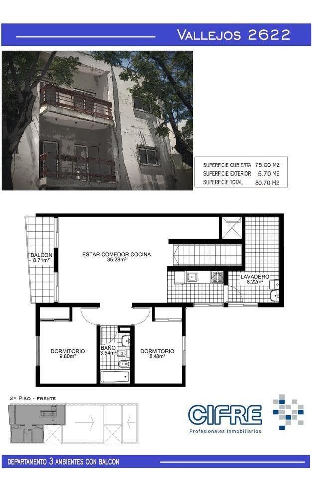 ph a estrenar de 3 ambientes en planta baja al frente con patio.