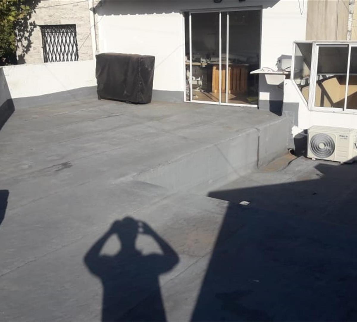ph al frente - 3 amb - planta baja  - con patio y terraza