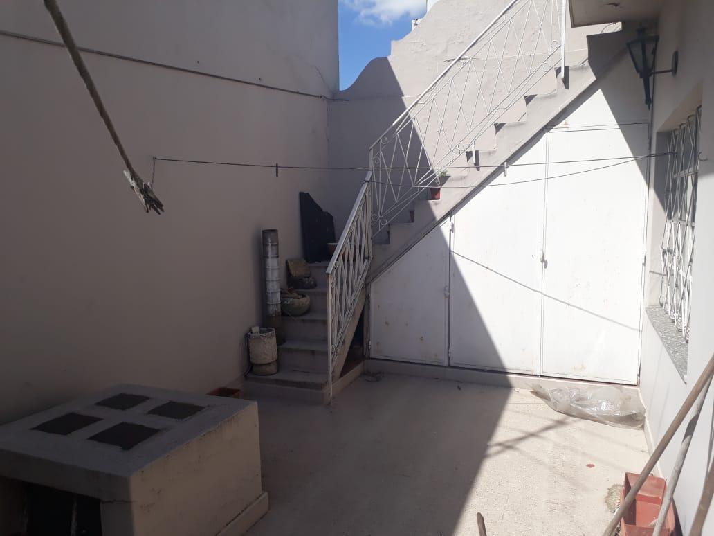 ph al frente 4 ambientes 2 plantas c/terraza - lomas del mirador