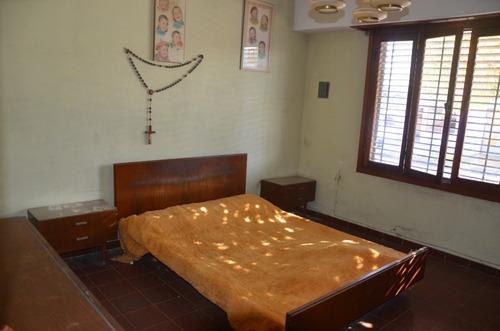 ph al frente de 2 dormitorios, excelente ubicación,  berisso