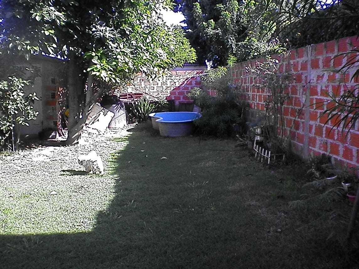 ph al frente de 3 plantas con garaje y jardin