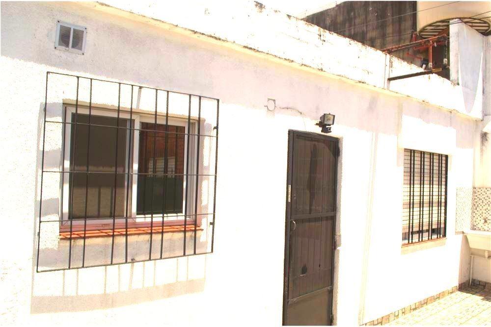 ph alquiler 3 ambientes villa tesei - con cochera