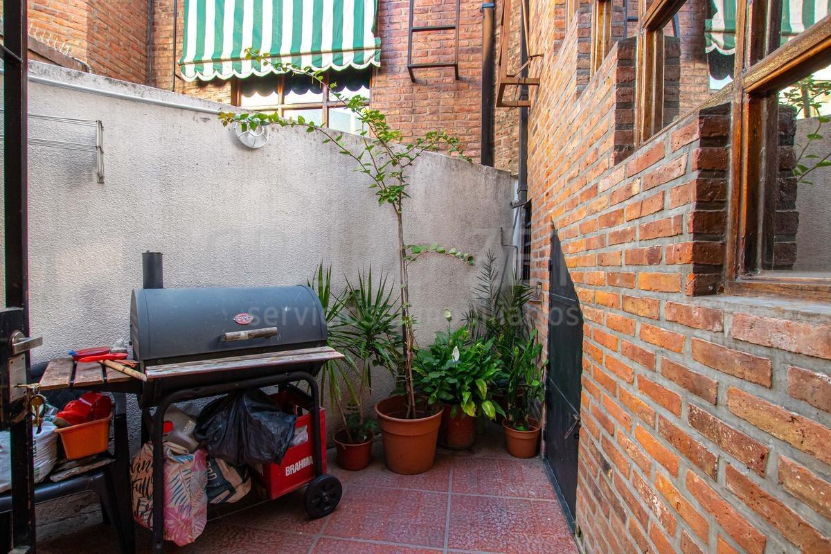 ph casa 4 ambientes sin expensas cochera descubierta puro sol