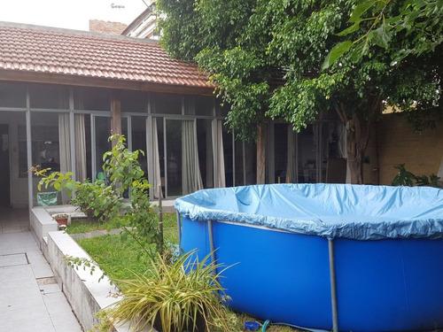 p.h con patio cubierto