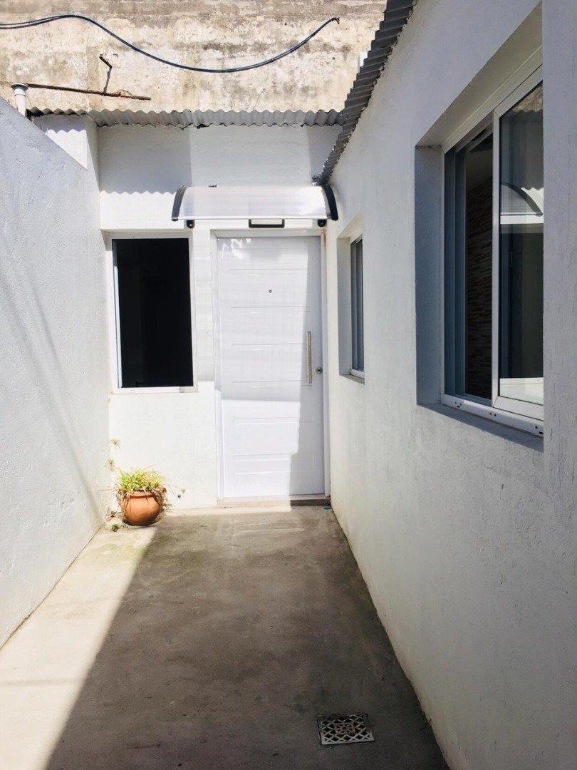 ph de 1 ambiente con patio reciclado a nuevo