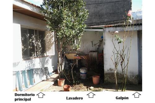 ph de 3 amb. c/patio y lavadero. impecable!!
