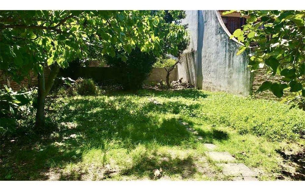 ph de 3 ambientes con gran jardín. villa bosch