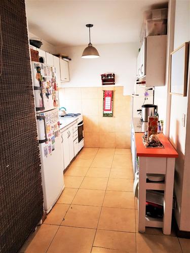 ph de 4 ambientes al frente c/ terraza 1º piso por escalera