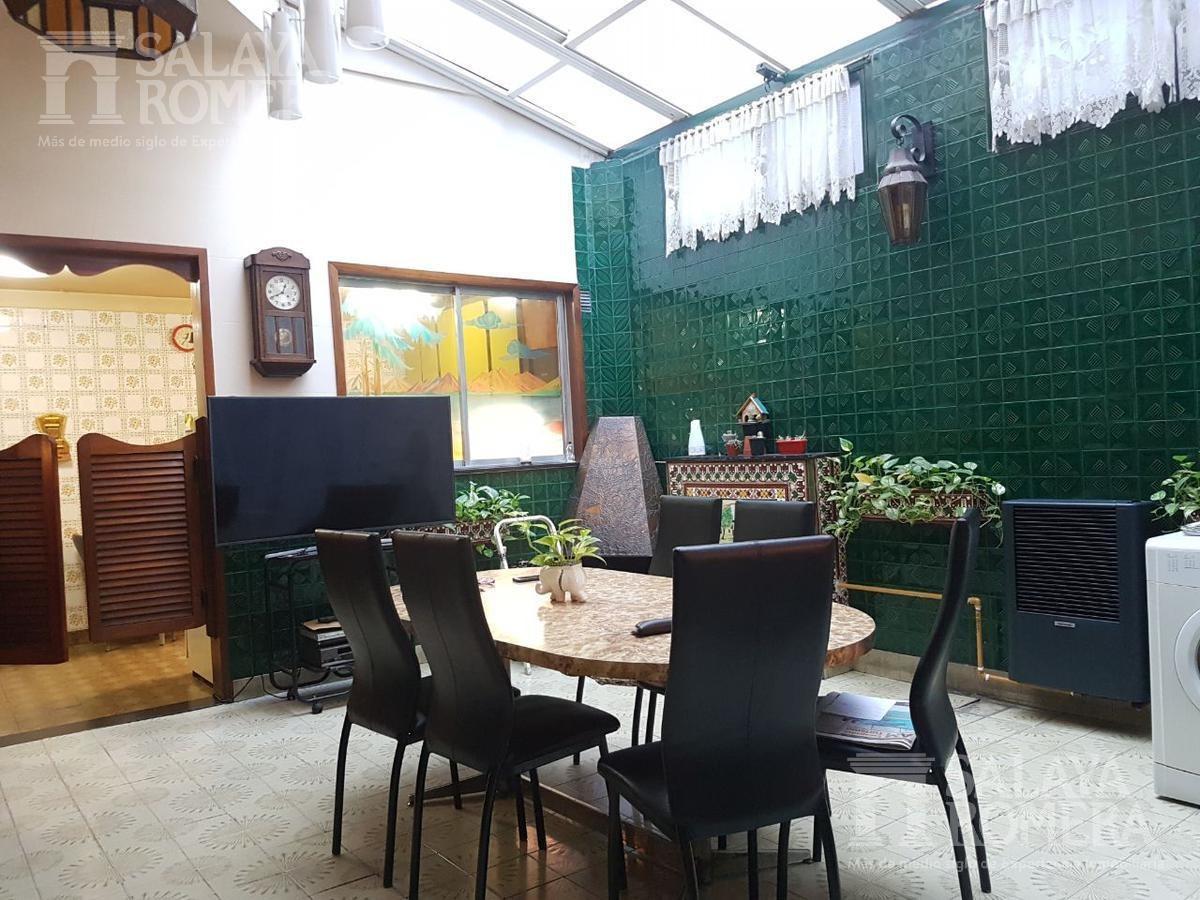 ph de 4  ambientes en venta en  parque chacabuco sin expensas