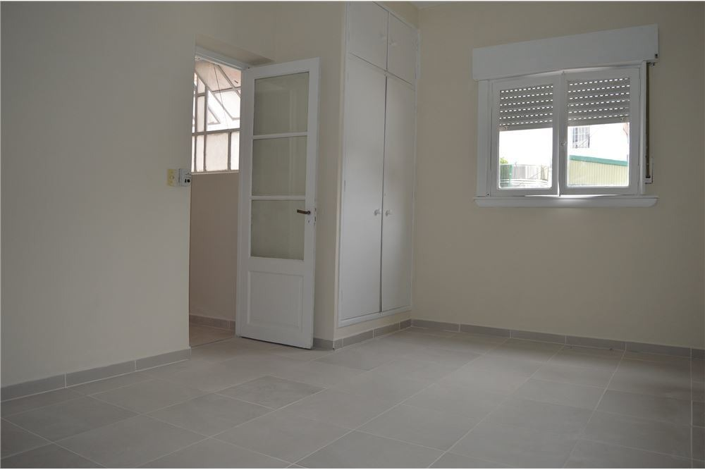 ph dos ambientes liniers c/patio 1º por esc