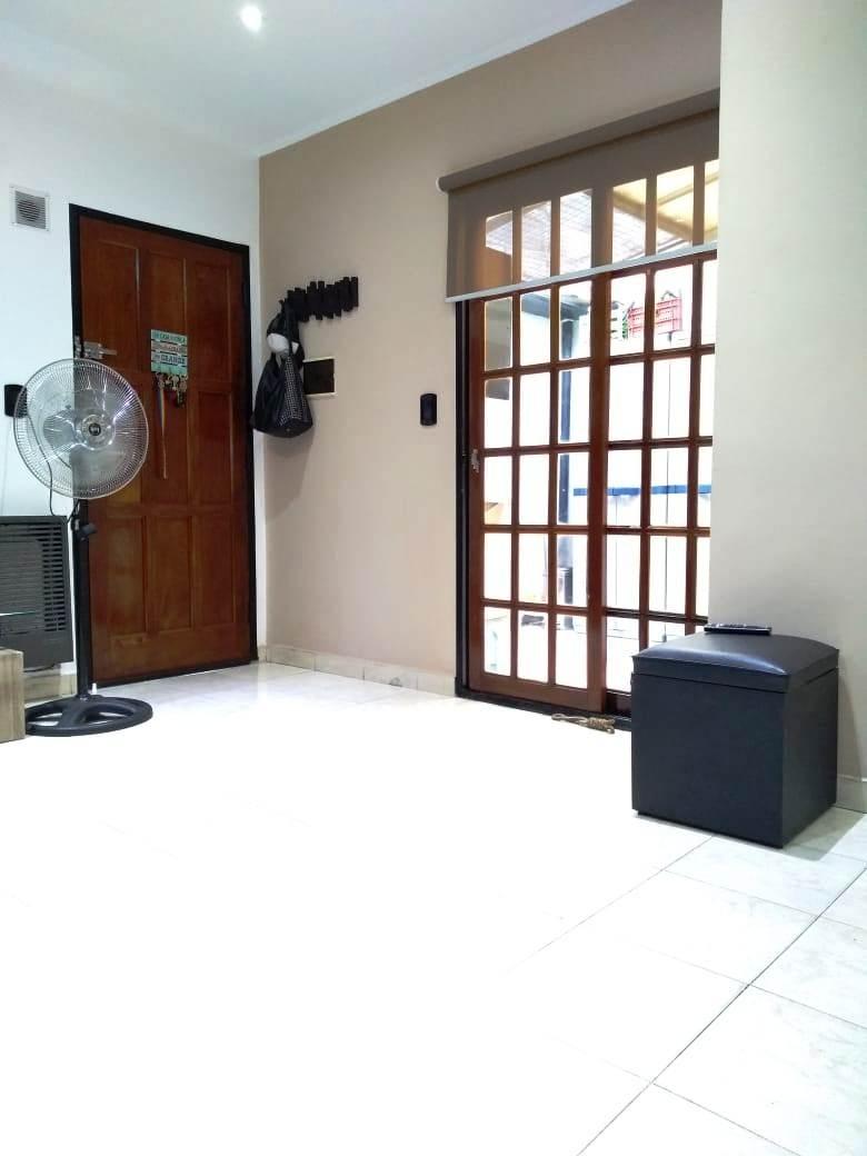 ph en alquiler 2 ambientes planta baja lomas del mirador