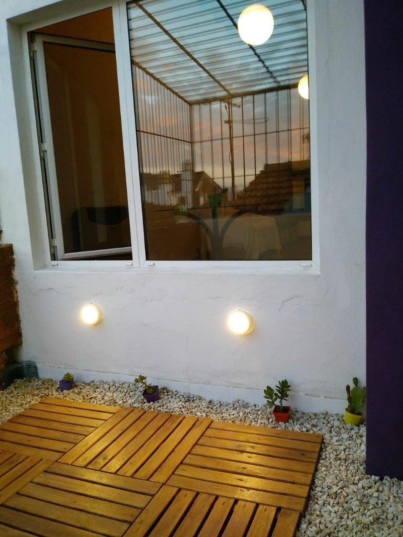ph en de dos plantas con parrilla, cochera y terraza con deck