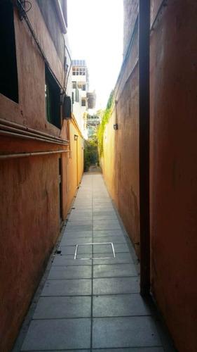 ph en pb 4 ambientes por pasillo a refaccionar - nuñez